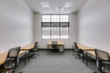 Venture X Oakville - South Oak Junction - Suite 101
