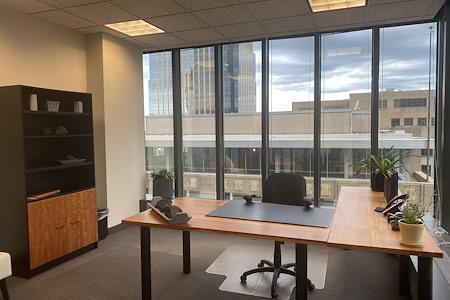 IDS Executive Suites - Deluxe Corner Office 937