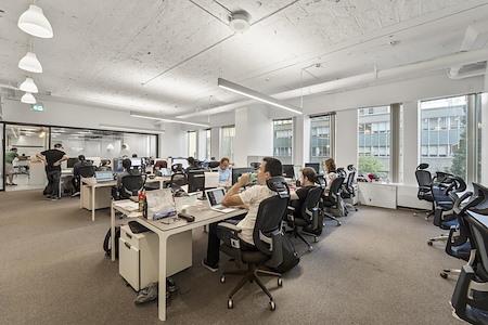 Startuptive - Dedicated Desks