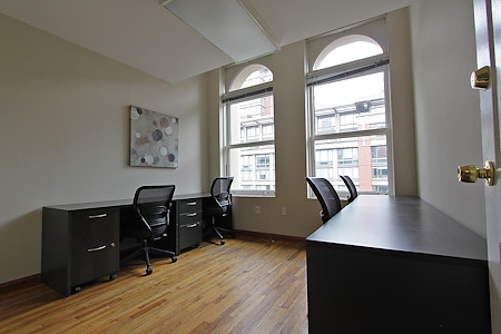 Select Office Suites - Chelsea - Private Windowed Office
