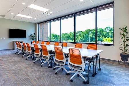 Office Evolution - Madison Arboretum - Mendota Meeting Room