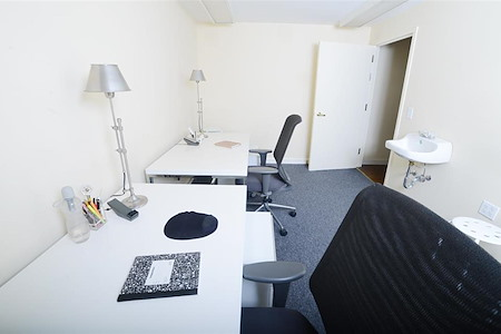 Space69 - G4 Shared- 2 person private suite