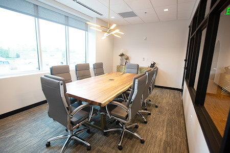 The 5TH Floor - Game Changer  Meeting Room