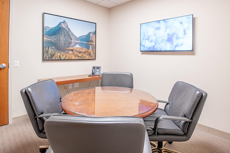 Symphony Workplaces - Morristown, NJ - Focus Meeting Room @ Symphony Workplaces