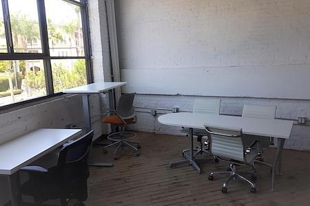Ugather Cowork - Large Private Office