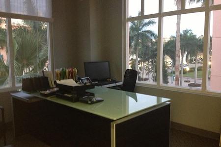 Thur Retail - Office 1