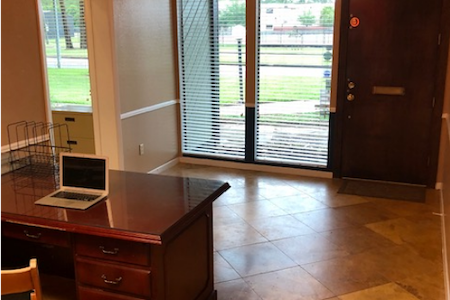 Shawn Ahrabi's - Private office