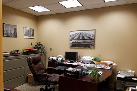 Orland Park Shared office space - Office 1