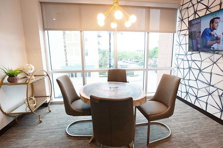 The 5TH Floor - Innovator Meeting Room