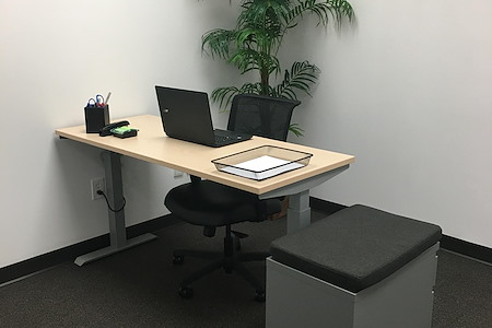 TOTUS Business Center Long Island - Melville, NY - Private Office