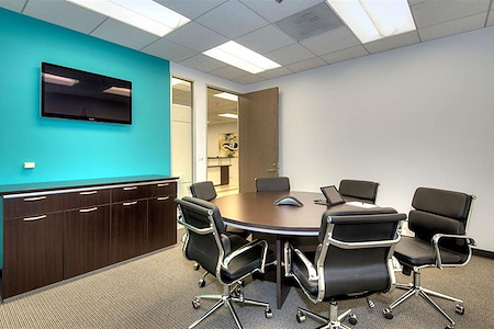 Titan Offices - Penthouse - Small Conference Room (Penthouse)