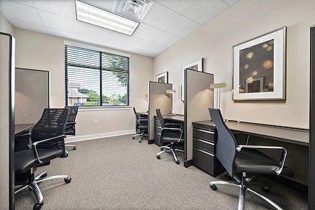 FIT Work Space Solutions - Desk 1