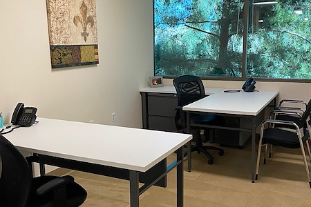 (PV1) Paradise Valley - 1-2 Person Office with Exteiror Views