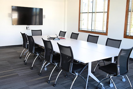 LifeWorking Coworking - Executive Conference Room