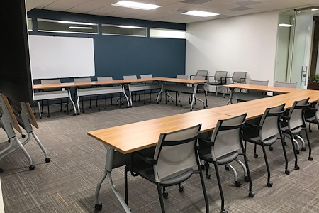 Office Evolution Tampa | Harbour Island - Tampa Room