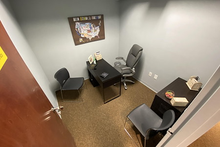 Easy Work Space (Saturn) - Private Office 43