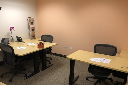 Beautiful Office Suites !! Window Water Front View!!! - Semi-Private Office, Reserved Desk, and Memberships