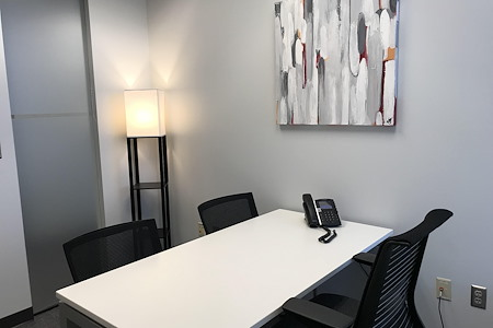 Peachtree Offices at Perimeter, LLC. - Interior Office | Free Parking