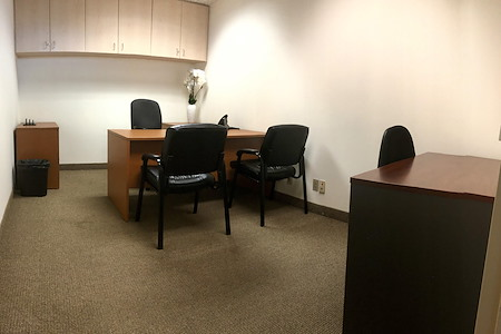 Alexa's Workspaces - Ft.Lauderdale - Office for 2