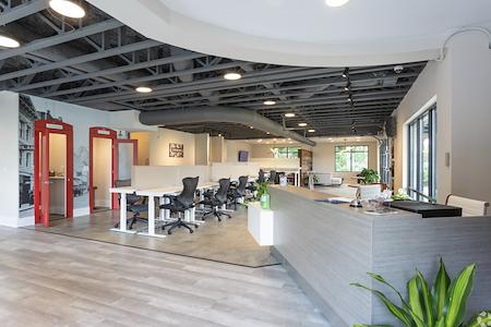 The Hub Collaborative Workspace - Meeting Room 2