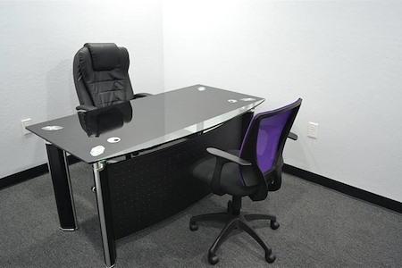 VEW Property LLC - Day Office-Interior Workspace