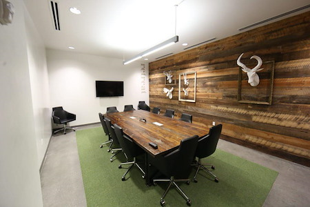 Roam Dunwoody - Retreat, Luxury private office for 8