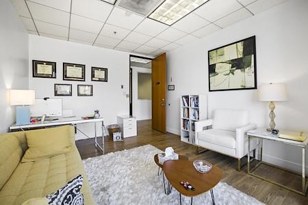 Cyrus Pacific, LLC - Exterior Office 3