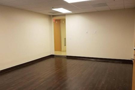 (TCV) Premier Workspaces - Two Turtle Creek - Team Space/ Private Meetin Room
