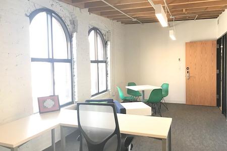 Spaces North Loop - Office 349