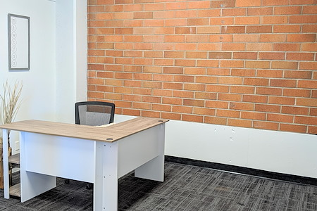 WorkSphere - Office Suite 105