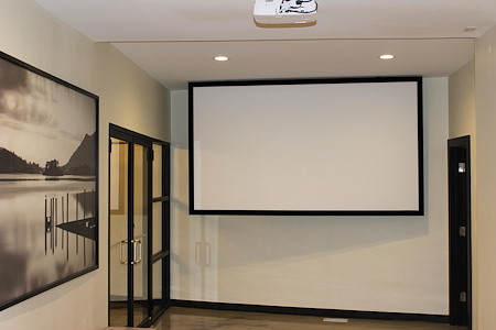 JZ Vacation Rentals - Conference room