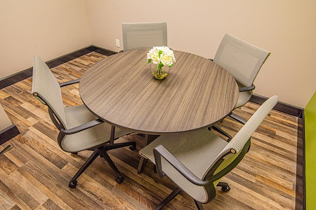 eSuites - Small Conference Room