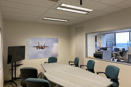 HAILO Ventures - Flight Deck - Middle Conference Room