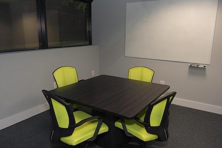 HeadRoom - Wayne - Office #1