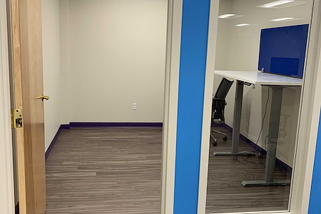 Co Working Space in Beautiful Downtown Ridgefield - Corner Office in Ridgefield, CT