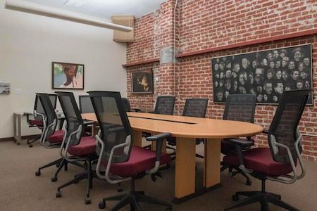 Oakstop - Merritt Meeting Room