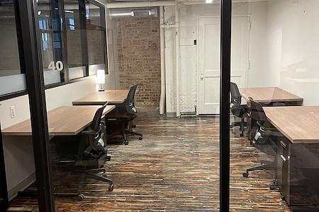 Workbox West Loop - Dedicated Desk