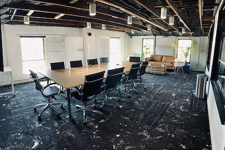 The Loop 215 - Powered by 25N - Conference Room Project Room