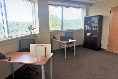 TKO Suites - 1521 Delaware - Sunny large corner office