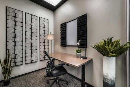 WorkSuites | Houston Galleria Westheimer - SoloSuite - Interior