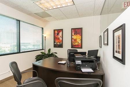 Alexa's Workspaces - Ft.Lauderdale - Office for 1