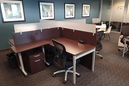Regus | Liberty Centre Lloyd District - Dedicated Desk