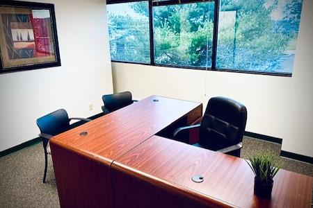Creve Coeur Workspace - Private Office #10