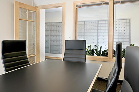 Intelligent Office - Boise - Sawtooth Conference Room with Whiteboard