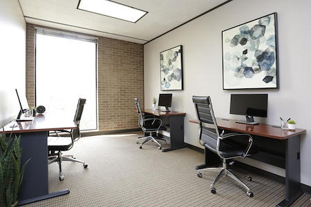 WorkSuites | Houston Uptown - ExecutiveSuite - Window or Interior