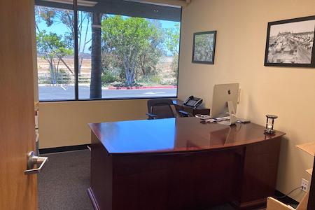 Teresa Heimaster's - Professional, private, quiet office