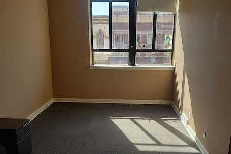 Etc Coworking - Suite 212 1-4 ppl, furnished