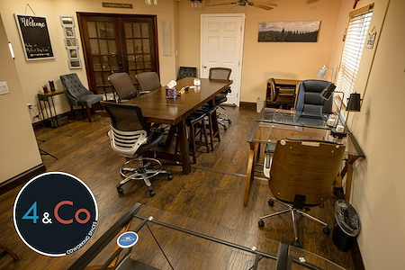 4 & Co Coworking Spaces - 4 Day a Week Open Desk Membership