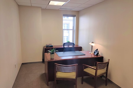 Carr Workplaces - The Willard - Exterior Office 413