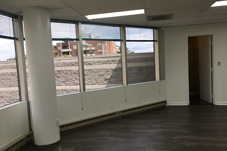 LocalWorks Bethesda - Battery Lane - Furnished Office Suite